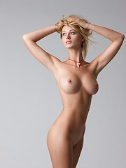 Hot blonde with nice boobs