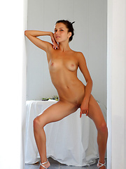 Beautiful Divina A strips off her clothes