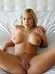 Olivia loves nothing more than teasing her man until he ravages her