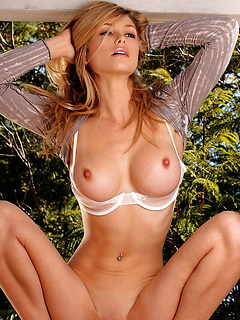 hot babe fuck Heather Vandeven